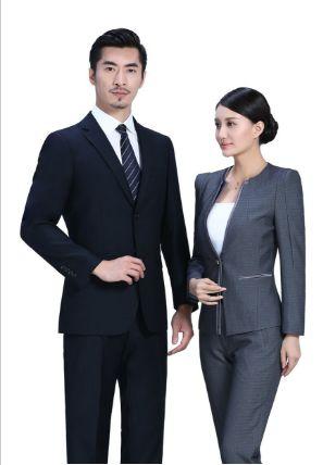 服饰设计在定制服装描绘中各有哪些联系?