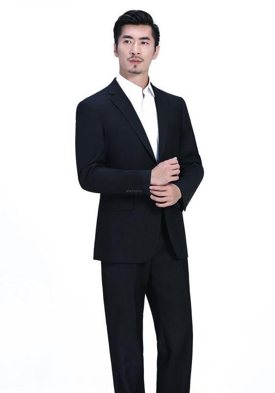 全羊毛西服保养实用小窍门娇兰服装有限公司